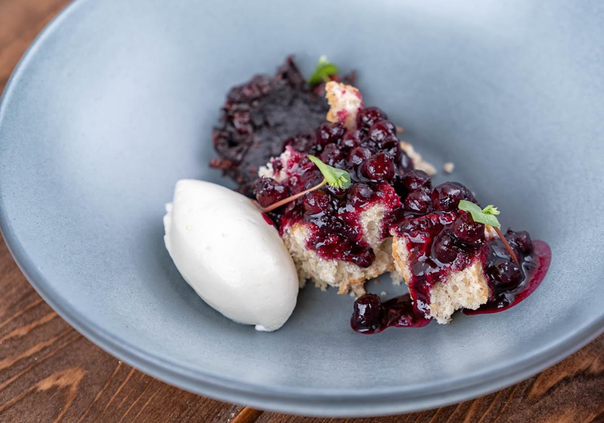 http://spatulamedia.ca/wp-content/uploads/2019/05/berry-dessert-web-ready.jpg