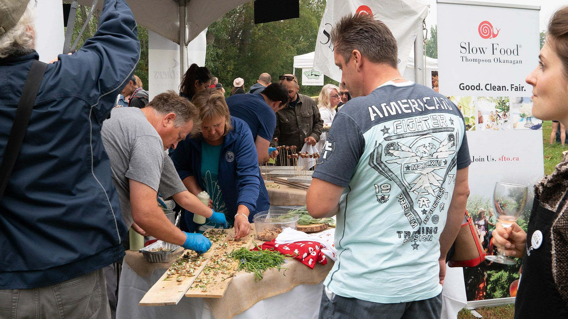 http://spatulamedia.ca/wp-content/uploads/2019/05/feast-of-fields-slow-food-tent.jpg
