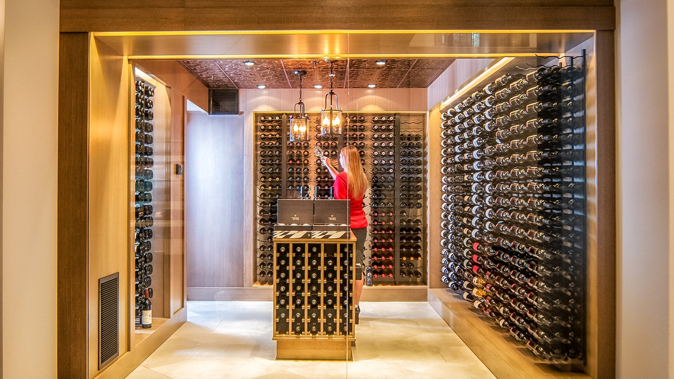 http://spatulamedia.ca/wp-content/uploads/2019/05/oak-and-cru-wine-room.jpg