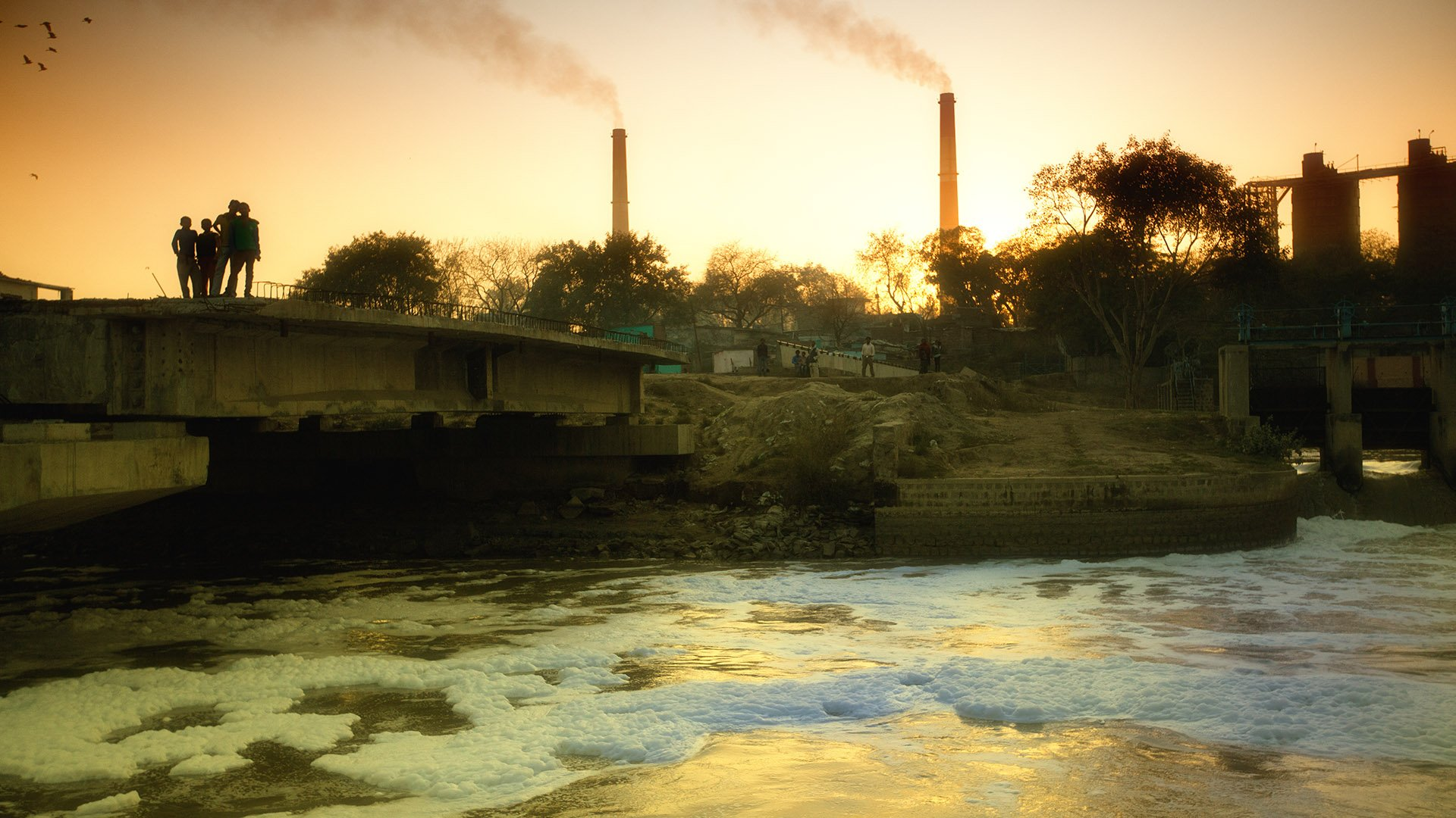 http://spatulamedia.ca/wp-content/uploads/2019/05/polluted-ganges-river.jpg